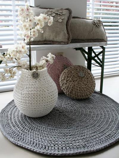 alfombra y cojines